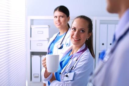 La forte prévalence du stress et de l'épuisement professionnel est bien documentée chez les professionnels de santé (Visuel Fotolia_157083739_XS)
