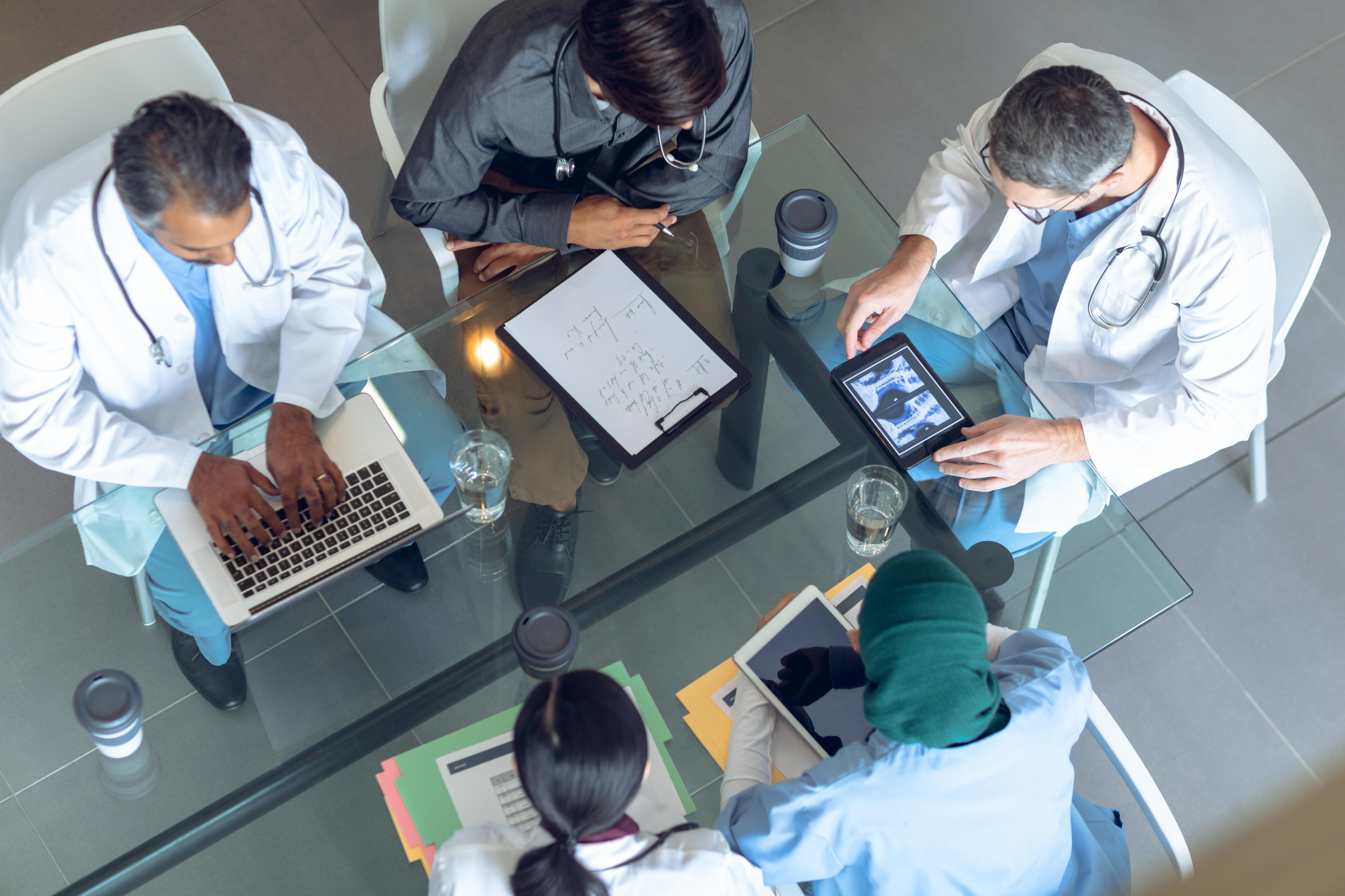 La télémédecine, c'est pour les Urgences aussi (Visuel Adobe Stock 273299262)